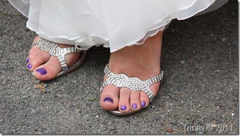 brudens smekre føtter