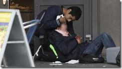 Medmennesker etter bombingen i Oslo