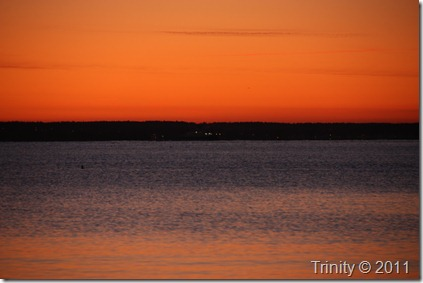 God morgen stemning før solen bryter gjennom gir gode følelser