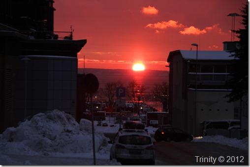 Soloppgangen er en påminnelse om Universets kraft. The Sunrise is a reminder of the power of the Universe