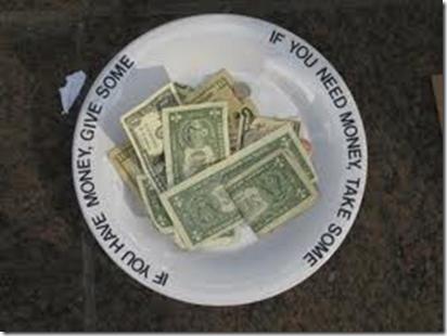 Hvis du trenger penger, vær så god og ta litt. Hvis du har penger, vær så snill å gi litt.