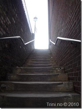 Du har alltid et valg - enten er trappen lang og bratt, eller den er begynnelsen på en eller annen overraskelse på toppen. Det er ditt valg